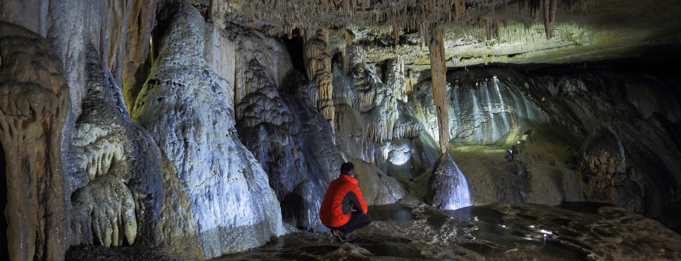 Estalactitas Estalagmitas y las más variadas formaciones